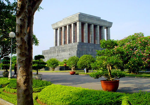 Private Hanoi Full Day City Tour