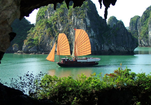 Halong Bay - Full Day Trip